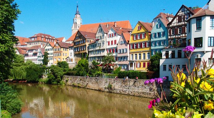 Im Herzen Tübingens direkt am Neckar